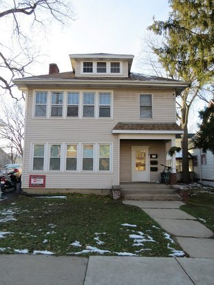 5 Bedrooms 2 Bathrooms House for rent at 206 S Mills St in Madison, WI