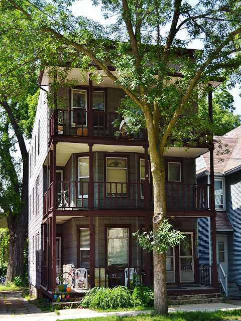 2 Bedrooms 1 Bathroom House for rent at 1036 Williamson St in Madison, WI