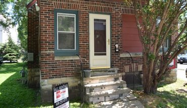 Similar Apartment at 37 N Brooks St