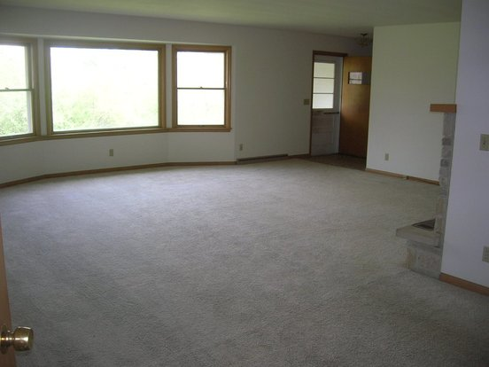 3 Bedrooms 1 Bathroom House for rent at 2689 Highway MM #B in Madison, WI