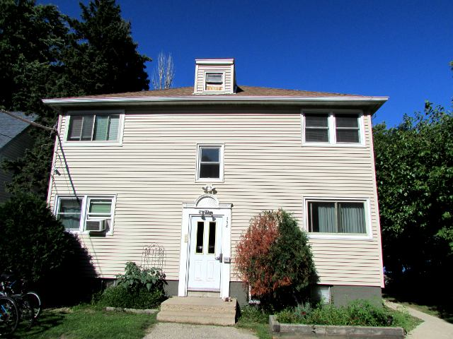 1 Bedroom 1 Bathroom Apartment for rent at 358 E Lakeside St in Madison, WI