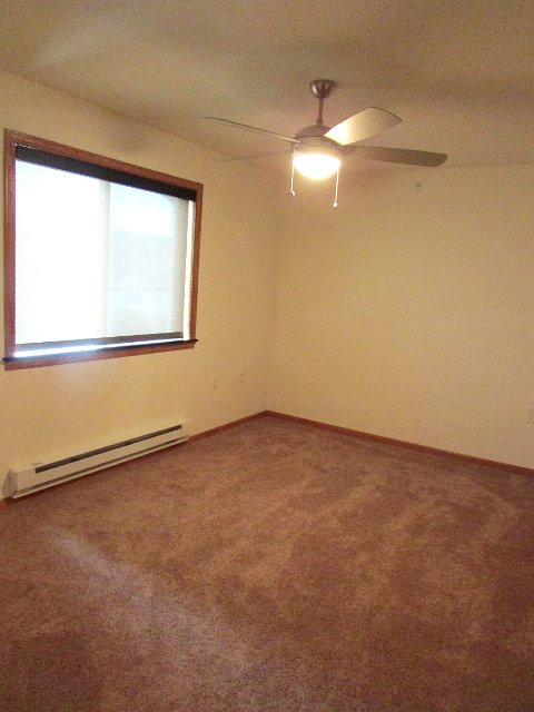 2 Bedrooms 1 Bathroom Apartment for rent at Fairhaven Court in Madison, WI