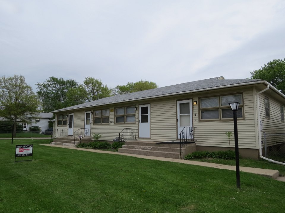 1 Bedroom 1 Bathroom Apartment for rent at 1105 Badger Rd W in Madison, WI