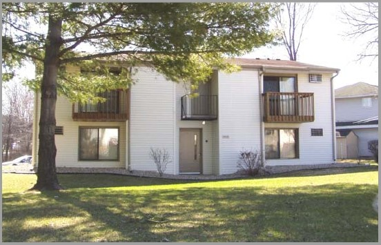 Apartments Near Herzing 905 N Oak St for Herzing College Students in Madison, WI