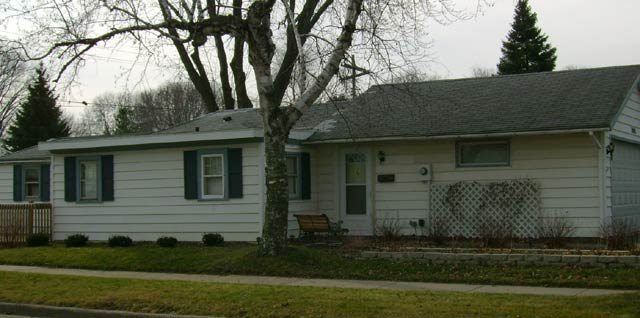 2 Bedrooms 1 Bathroom House for rent at 3545 Margaret St in Madison, WI