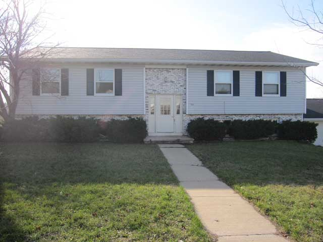1 Bedroom 1 Bathroom Apartment for rent at 301 W Garfield St in Mt Horeb, WI