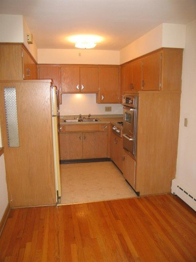 1 Bedroom 1 Bathroom Apartment for rent at 510 Shepard Ter in Madison, WI
