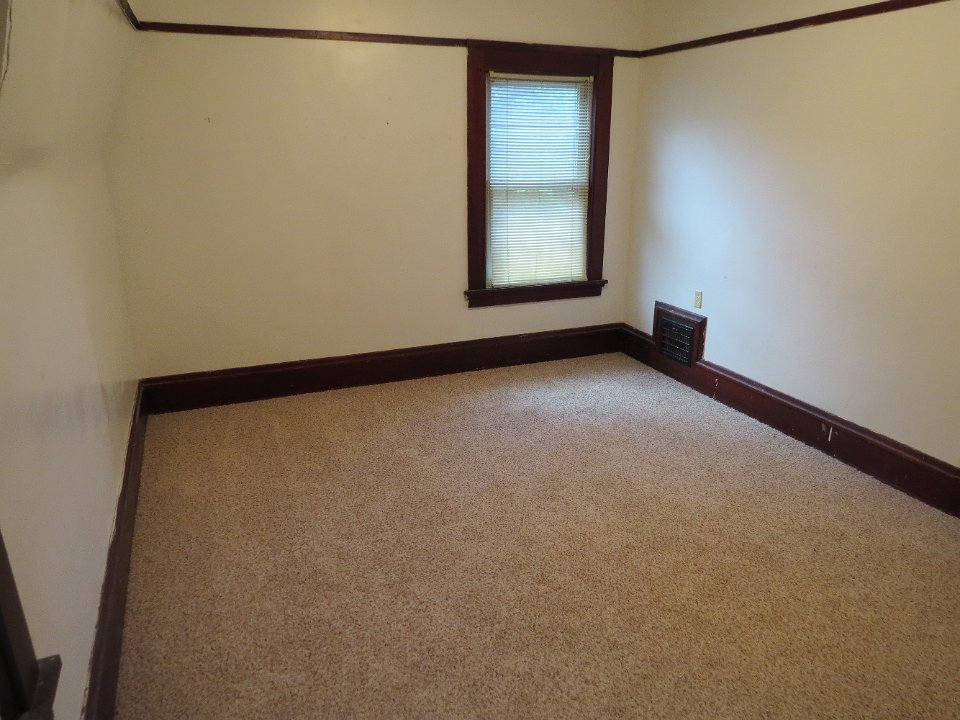 3 Bedrooms 2 Bathrooms House for rent at 613 S Brooks St in Madison, WI