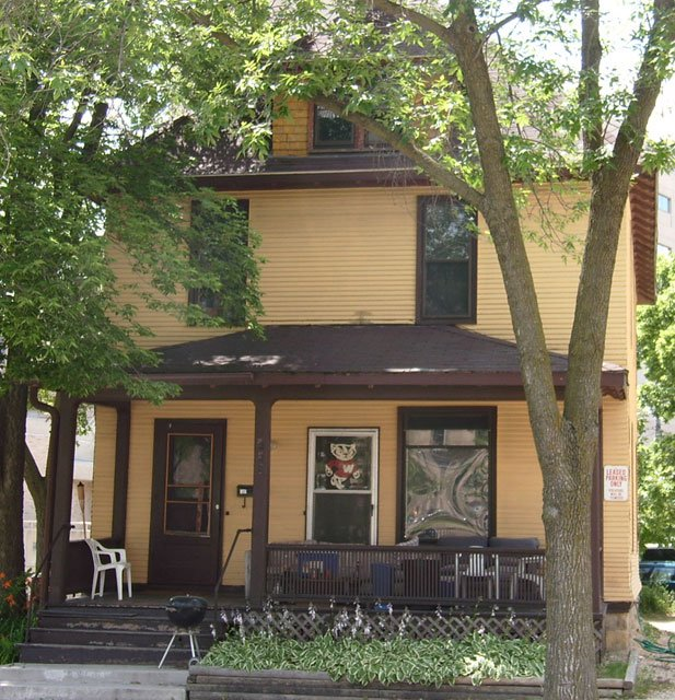 5 Bedrooms 1 Bathroom House for rent at 222 N Charter St in Madison, WI
