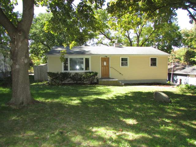 3 Bedrooms 1 Bathroom Apartment for rent at 410 Hilldale Ct in Madison, WI