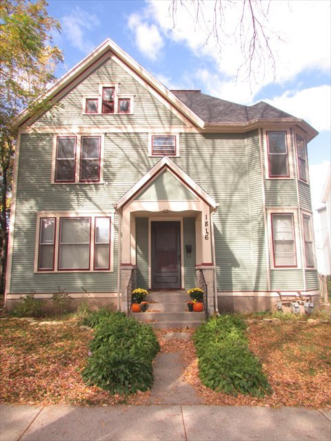 2 Bedrooms 1 Bathroom House for rent at 1816 Madison St in Madison, WI