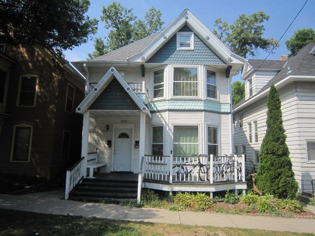 3 Bedrooms 1 Bathroom House for rent at 322 E Mifflin St in Madison, WI