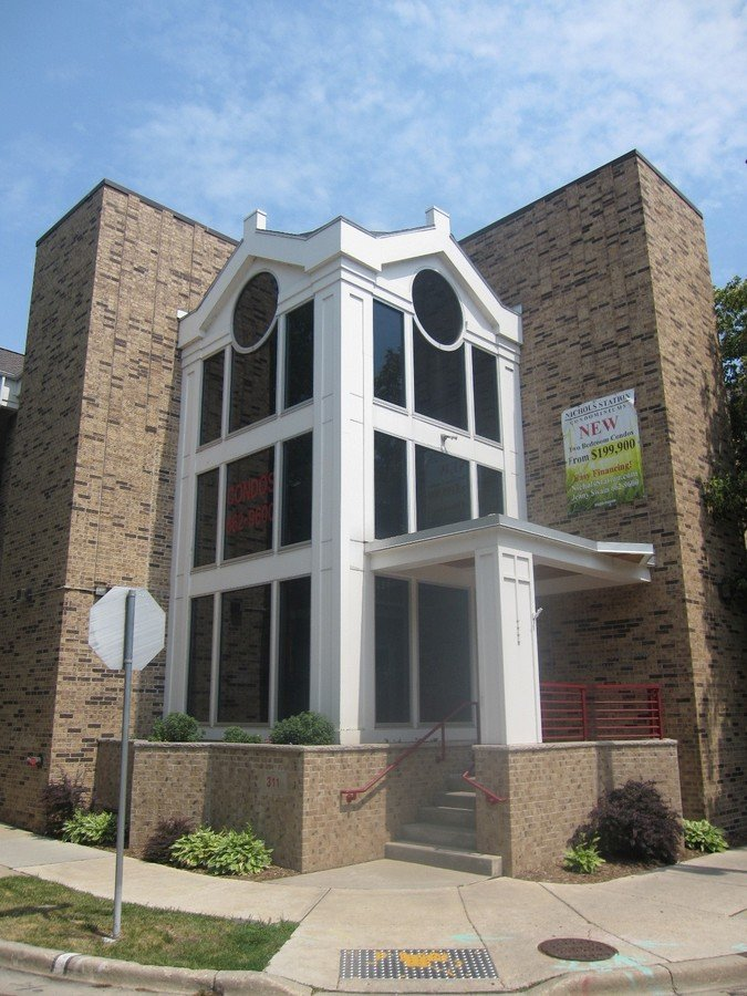 2 Bedrooms 2 Bathrooms House for rent at 311 N Hancock St #131 in Madison, WI