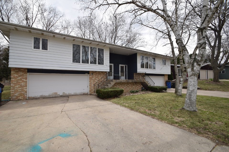 3 Bedrooms 2 Bathrooms Apartment for rent at 2786 Lyman Lane in Fitchburg, WI