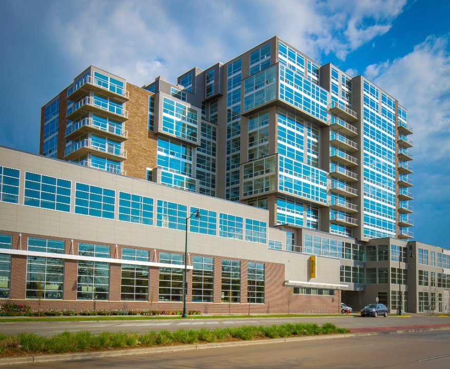 1 Bedroom 2 Bathrooms Apartment for rent at Galaxie High Rise Apartments in Madison, WI