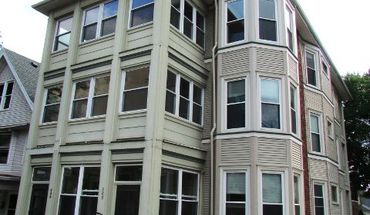 Similar Apartment at 200 S Henry St