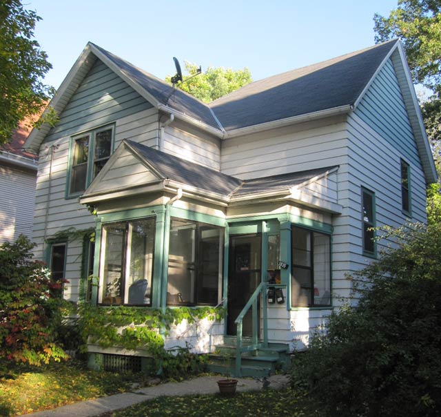 2 Bedrooms 1 Bathroom House for rent at 1035 Jenifer St in Madison, WI