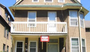 Similar Apartment at 408 W Mifflin St