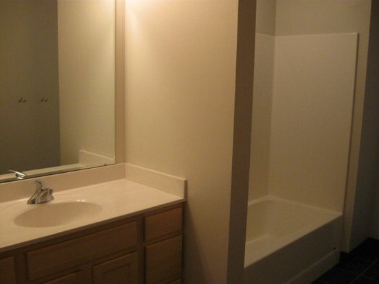 4 Bedrooms 2 Bathrooms Apartment for rent at 210 North Charter in Madison, WI