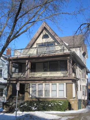 4 Bedrooms 2 Bathrooms House for rent at 107 N Butler St in Madison, WI