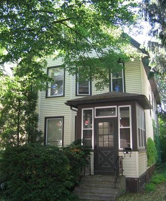 5 Bedrooms 2 Bathrooms House for rent at 427 W Dayton St in Madison, WI