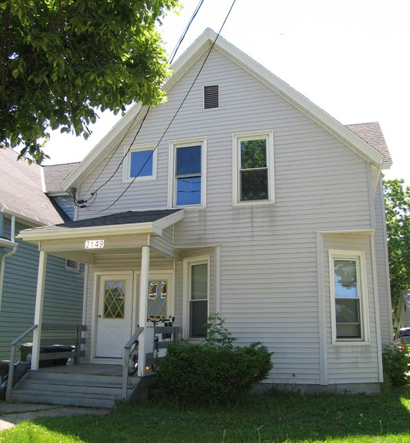 2 Bedrooms 1 Bathroom House for rent at 2149 E Washington Ave in Madison, WI