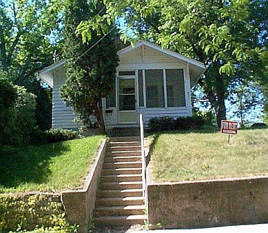 2 Bedrooms 1 Bathroom House for rent at 622 Cedar St in Madison, WI
