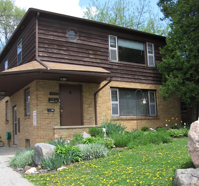 2 Bedrooms 1 Bathroom House for rent at 4240 Lumley Road in Madison, WI