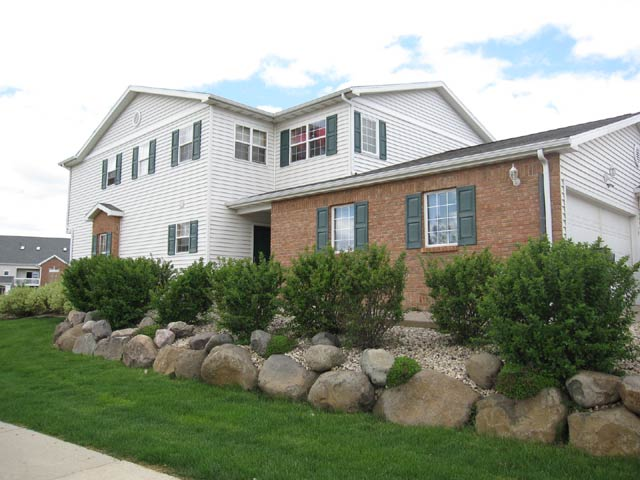 2 Bedrooms 2 Bathrooms Apartment for rent at 6752 Pima Dr. in Madison, WI