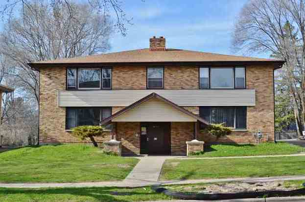 3 Bedrooms 1 Bathroom Apartment for rent at 5826 Russett Rd in Madison, WI