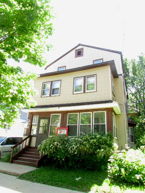 1 Bedroom 1 Bathroom House for rent at 206 N 6th St in Madison, WI