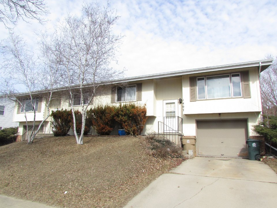 2 Bedrooms 1 Bathroom House for rent at 1407 S Thompson Dr in Madison, WI