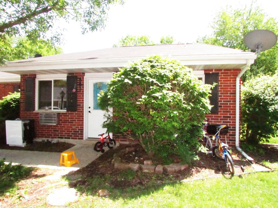 2 Bedrooms 1 Bathroom Apartment for rent at 887 Kottke Dr. in Madison, WI
