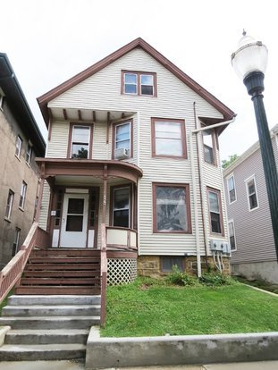4 Bedrooms 1 Bathroom Apartment for rent at 503 W Main St in Madison, WI