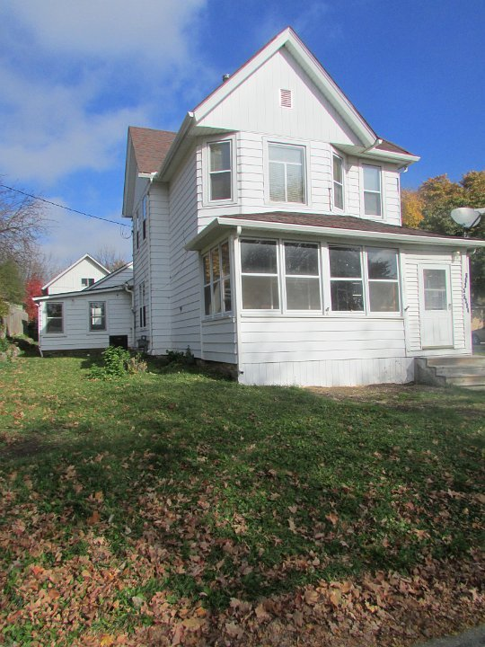 2 Bedrooms 1 Bathroom House for rent at 5306 Broadhead St in Mcfarland, WI