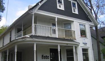 Similar Apartment at 1150 E Johnson St