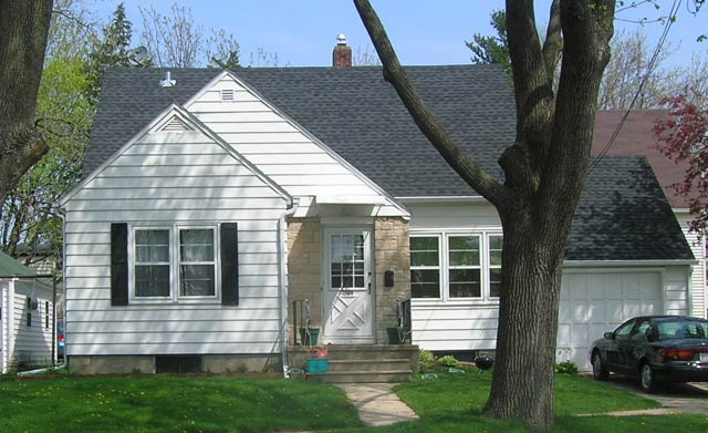 2 Bedrooms 1 Bathroom House for rent at 2318 St Paul Ave in Madison, WI