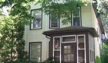 Similar Apartment at 427 W Dayton St
