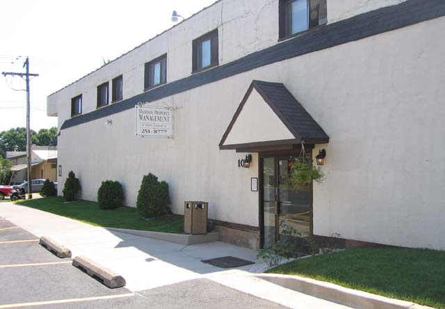 Apartments Near Edgewood 6 N Charter St for Edgewood College Students in Madison, WI