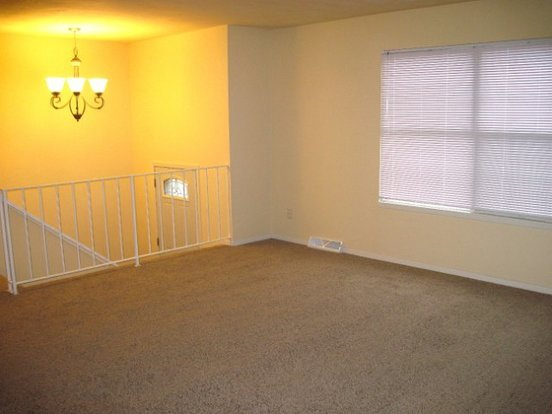 3 Bedrooms 2 Bathrooms House for rent at 4414 White Aspen Rd in Madison, WI