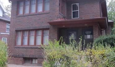 Similar Apartment at 112 N Breese Ter