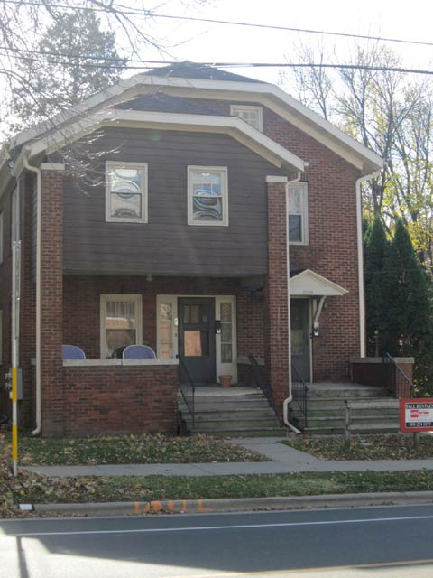 1 Bedroom 1 Bathroom Apartment for rent at 2027 University Ave in Madison, WI