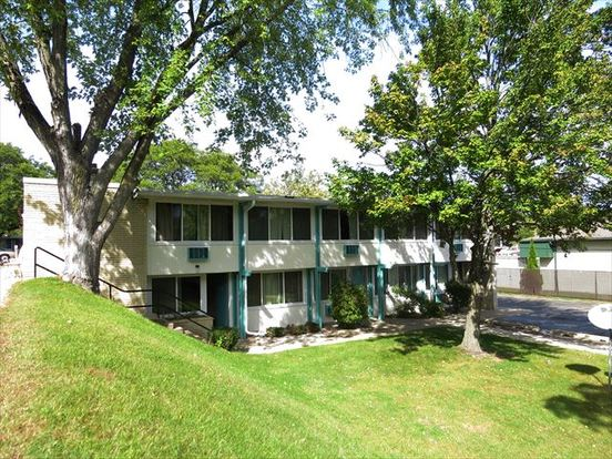 1 Bedroom 1 Bathroom Apartment for rent at Harbor Arms in Madison, WI