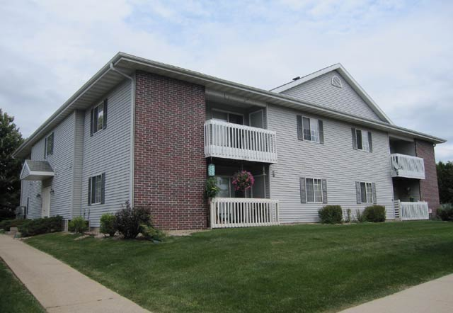 2 Bedrooms 1 Bathroom House for rent at 2849 Cimarron Trail  in Madison, WI