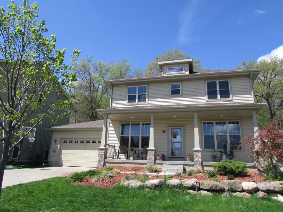 5 Bedrooms 3 Bathrooms House for rent at 2616 Sand Pearl Trl in Middleton, WI