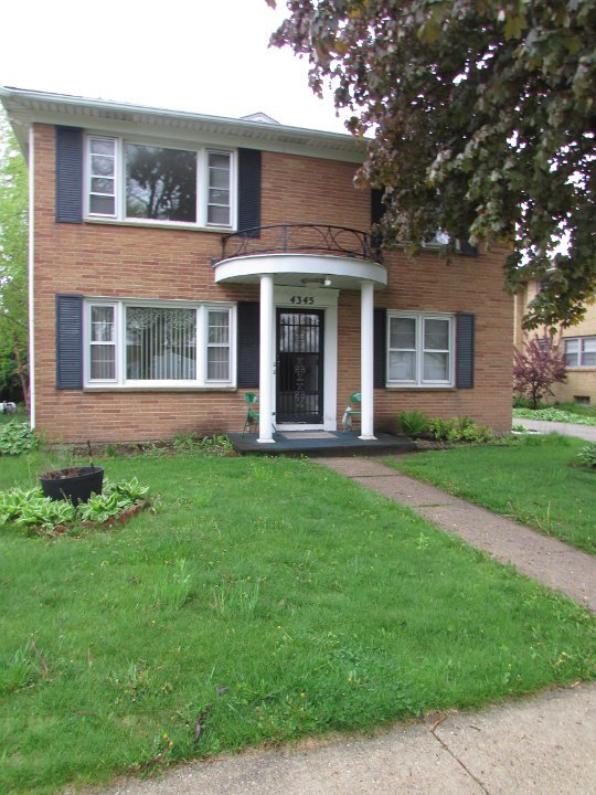 2 Bedrooms 1 Bathroom Apartment for rent at 4345 Britta Dr in Madison, WI