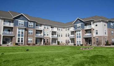 Similar Apartment at 3848 Maple Grove Dr