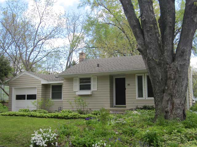 2 Bedrooms 1 Bathroom House for rent at 305 N Hillside Ter in Madison, WI