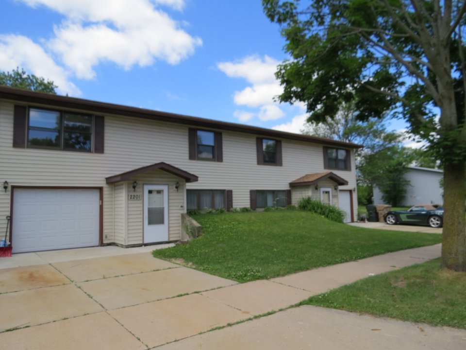 4 Bedrooms 2 Bathrooms Apartment for rent at 2201 Pike Drive in Madison, WI