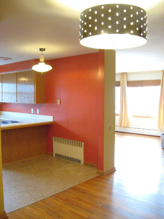 2 Bedrooms 1 Bathroom Apartment for rent at 918 E Dayton St in Madison, WI